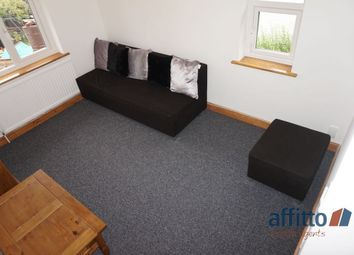 Thumbnail 1 bed maisonette to rent in Clare Crescent, Baldock