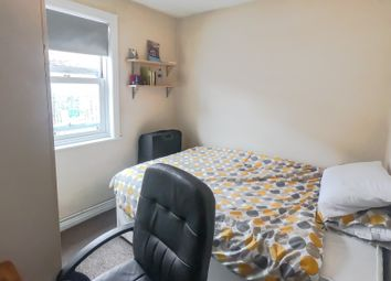 Thumbnail Room to rent in Ewald Road, Fullham