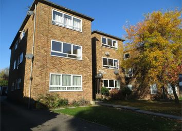 Thumbnail 3 bed flat to rent in Chislehurst Road, Sidcup, Kent
