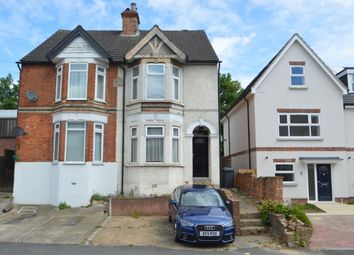 Thumbnail 1 bed flat for sale in Queens Road, High Wycombe