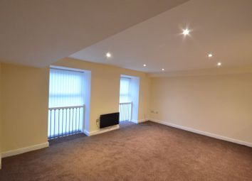 2 bed flat to rent in Gladstone Heights, Eagle Street, Accrington BB5