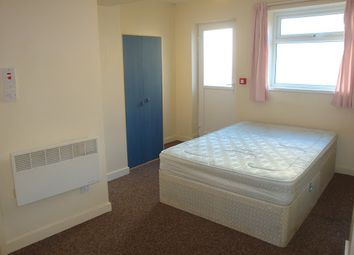 Thumbnail 1 bed flat to rent in West Luton Place, Adamsdown, Cardiff