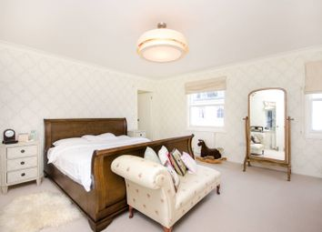 3 bed property for sale in Westmoreland Terrace SW1V, Pimlico, London,