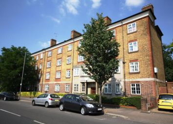 Thumbnail 2 bed flat to rent in Merton Road, Earlsfield, London