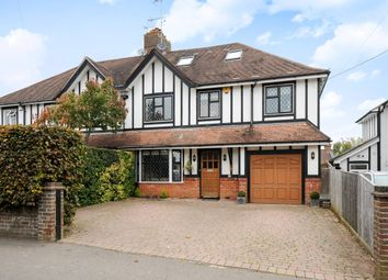 Thumbnail 4 bed property to rent in Queens Road, Haywards Heath