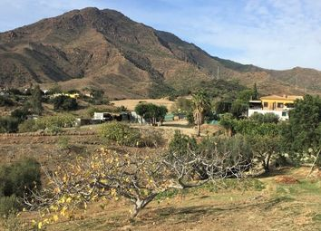 Thumbnail 3 bed villa for sale in Spain, Andalucía, Málaga, Estepona