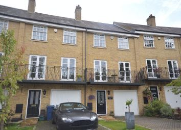 Thumbnail Property to rent in De Havilland Drive, Hazlemere, High Wycombe