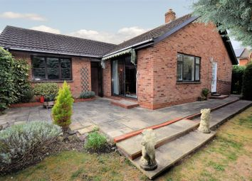 Thumbnail 4 bed detached bungalow for sale in Parsons Close, Shipston-On-Stour