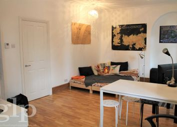 Thumbnail Studio to rent in Shaftesbury Avenue, Covent Garden