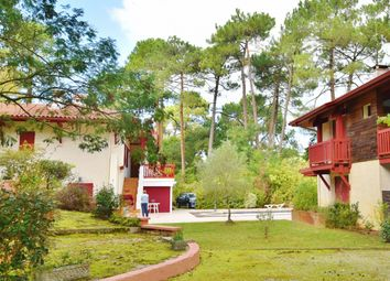 Thumbnail Villa for sale in Centre & Golf, Quiet, Soorts-Hossegor, Soustons, Dax, Landes, Aquitaine, France