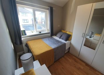Thumbnail Room to rent in Glenhurst Avenue, Ruislip