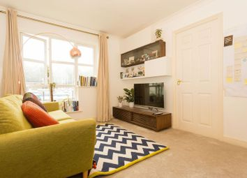 Thumbnail 1 bedroom flat for sale in Transom Close, London