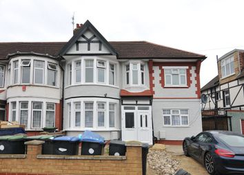 Thumbnail 3 bed flat for sale in Upsdell Avenue, Palmers Green, London