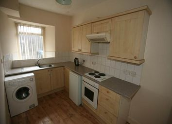 Thumbnail 2 bed flat to rent in Low Street, Perth
