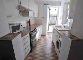 Thumbnail 5 bed property to rent in South View Place, Bournemouth