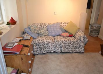 Thumbnail 1 bed flat to rent in Miskin Street, Cathays Cardiff