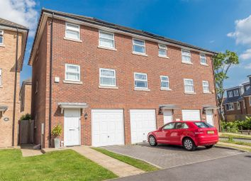 Thumbnail 4 bed town house for sale in Eagle Road, Cippenham, Slough
