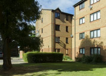 Thumbnail 2 bed flat to rent in Glenville Grove, London
