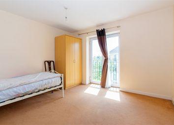 Thumbnail Room to rent in Scholars Walk, Langley, Berkshire