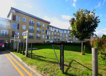 Thumbnail 2 bedroom flat for sale in Station Avenue, Southend-On-Sea
