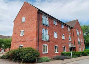 Thumbnail 2 bed flat to rent in Robins Corner, Evesham