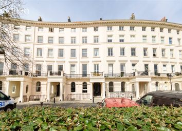 Adelaide Crescent, Hove BN3. 1 bed flat for sale