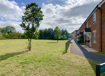 3 bed property for sale in Artillery Drive, Thatcham RG19