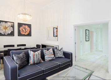 Thumbnail 4 bed flat to rent in Somerset Court, Lexham Gardens, Kensington, London