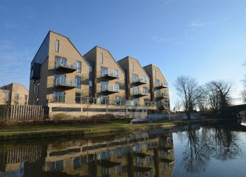 Thumbnail 2 bed flat to rent in Rowlock House, Trout Road, Yiewsley