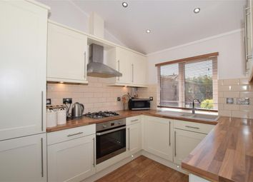 Church Hill, Boughton Monchelsea, Maidstone, Kent ME17. 2 bed mobile/park home
