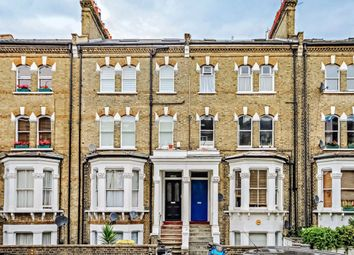 2 bed flat to rent in Edith Road, London W14