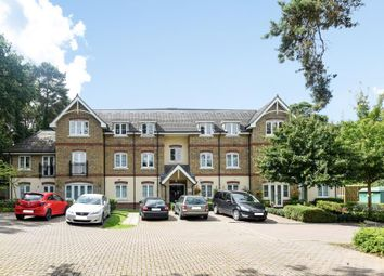 Thumbnail 2 bedroom flat for sale in Bracknell, Berkshire