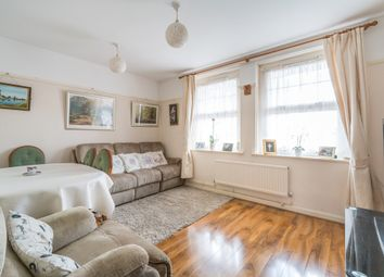 Thumbnail 3 bedroom flat for sale in Heathfield Gardens, Croydon
