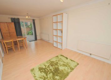 Thumbnail 2 bed flat to rent in Calvert Street, Norwich