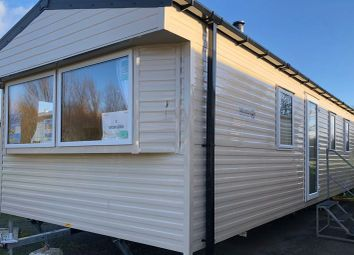 3 bed mobile/park home for sale in Solway Holiday Village, Silloth CA7