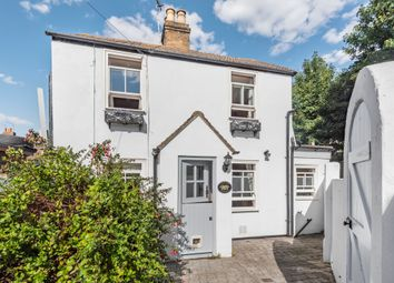 2 bed cottage for sale in Crescent Road, Erith DA8
