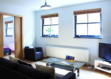 Thumbnail 2 bed flat to rent in Charlotte Road, London