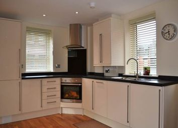 2 bed flat to rent in Rothwell House, Pembroke Road, Newbury RG14
