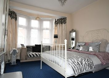 Thumbnail 2 bed flat to rent in Nottingham Road, London, Greater London.