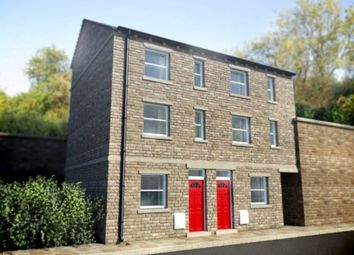 Thumbnail 1 bedroom town house to rent in Kilner Bank, Huddersfield