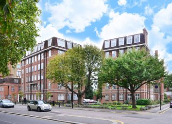 Thumbnail 1 bed flat to rent in Heathfield Terrace, Turnham Green