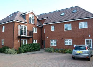 Thumbnail 2 bed flat to rent in Headley Road, Woodley, Reading