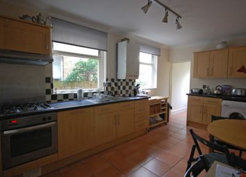 Thumbnail 1 bed flat to rent in Grosvenor Road, London