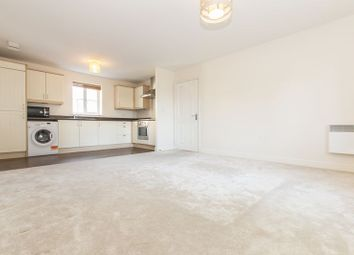 Thumbnail 2 bedroom flat to rent in College Close, Loughton