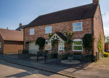 Thumbnail 4 bed cottage for sale in The Green, Dadlington, Nuneaton
