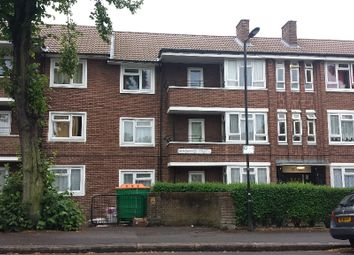Thumbnail 2 bed flat to rent in Grangewood Street, London
