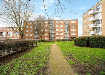 Mcconnell House, Deeley Road, Battersea, London SW8. 2 bed flat for sale