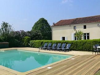 Thumbnail 8 bed country house for sale in Largeasse, Poitou-Charentes, 79240, France