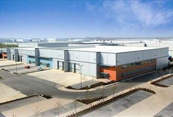 Thumbnail Warehouse to let in Unit 2, Dunfermline Court, Kingston, Milton Keynes