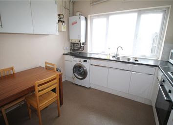3 bed flat to rent in High Street, Walthamstow, London E17